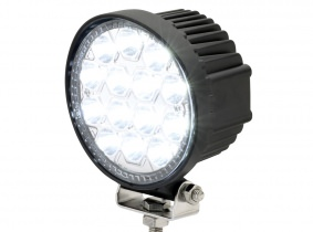 Phare de travail LED Spot 2.520 Lumens 42 Watts 8° 10-30 Volts AdLuminis Phare de travail LED Spot 2.520 Lumens 42 Watts 8° 10-30 Volts AdLuminis